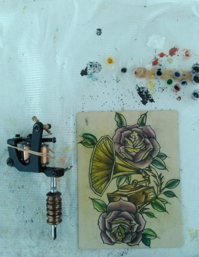 aprende a tatuar oldschool