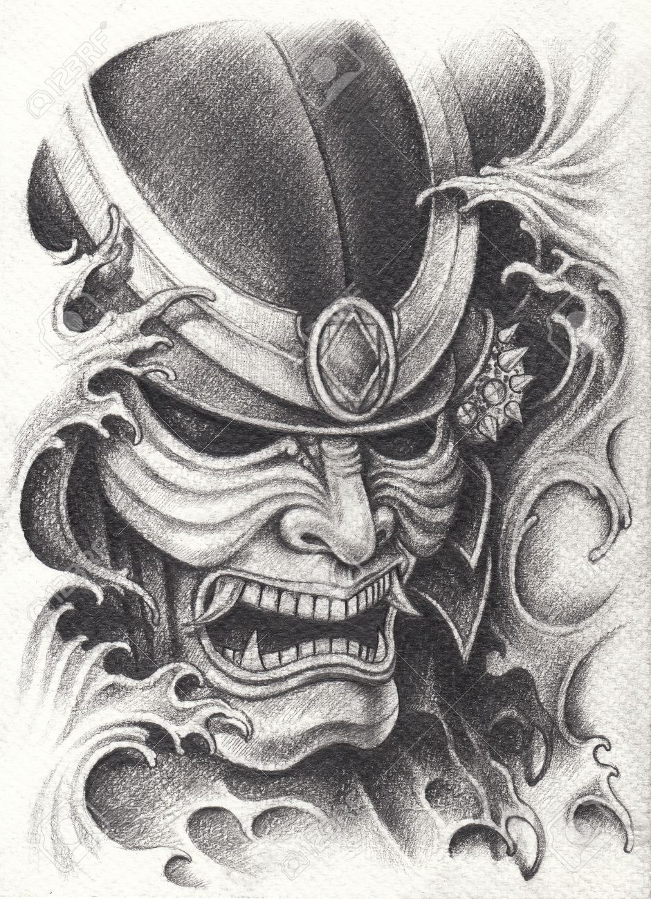 77440783 diseño del tatuaje del guerrero del samurai dibujo de lápiz de mano en el papel