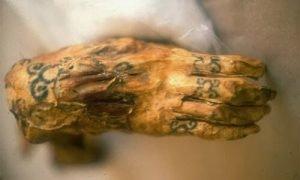 historia del tatuaje egipto